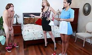 BANGBROS - Stepmom Julia Ann Trine Close by Maid Abby Lee Brazil