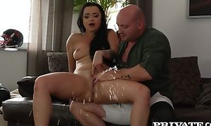 Bald-headed coxcomb fucks slutty brunette with the addition of makes her squirt