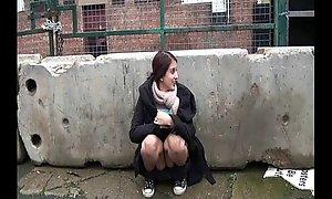 Indisk Laglig ålder tonåring Zarina Masood Rosy Avklädd Upp Offentlig